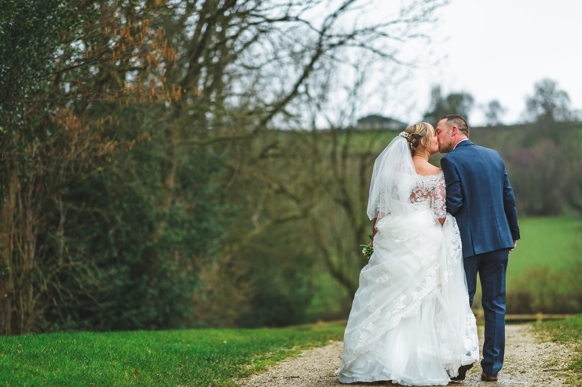 white hart inn wedding photography couple portrait