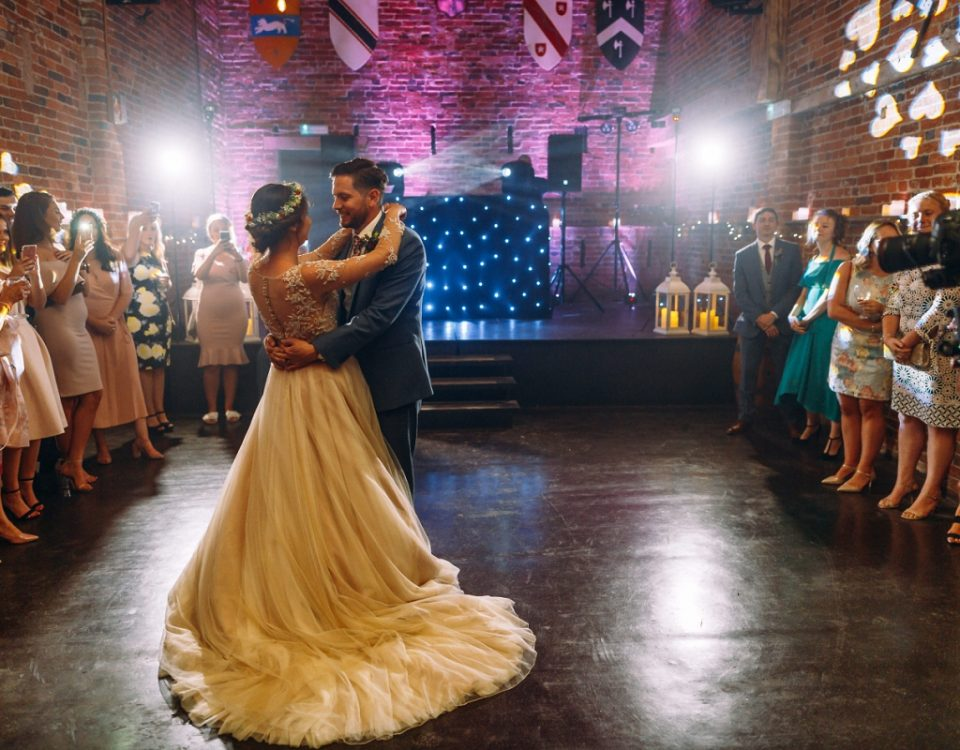 rustic barn wedding venue first dance newlyweds